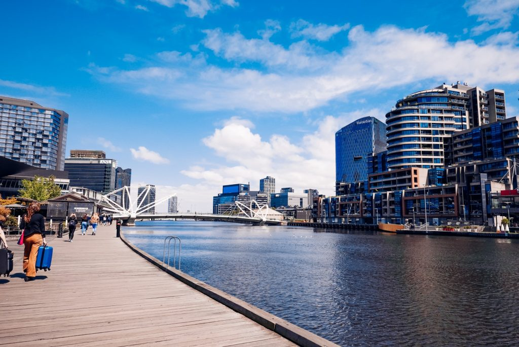 tourist mistakes to avoid in melbourne - yarra river