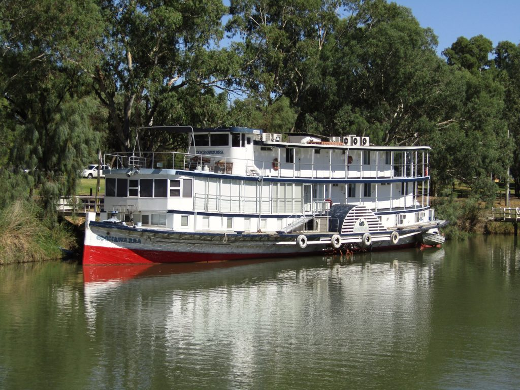 Steam Paddleboat on Murray River, Places to visit in Victoria, Australia