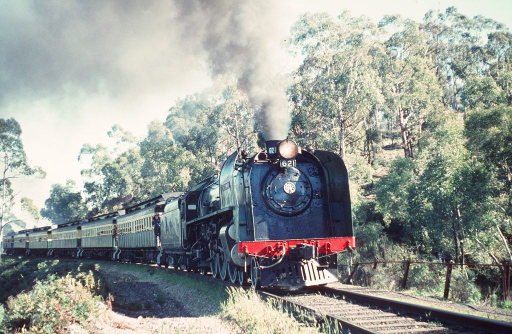 adelaide hills steam train Snazzy Trips travel blog