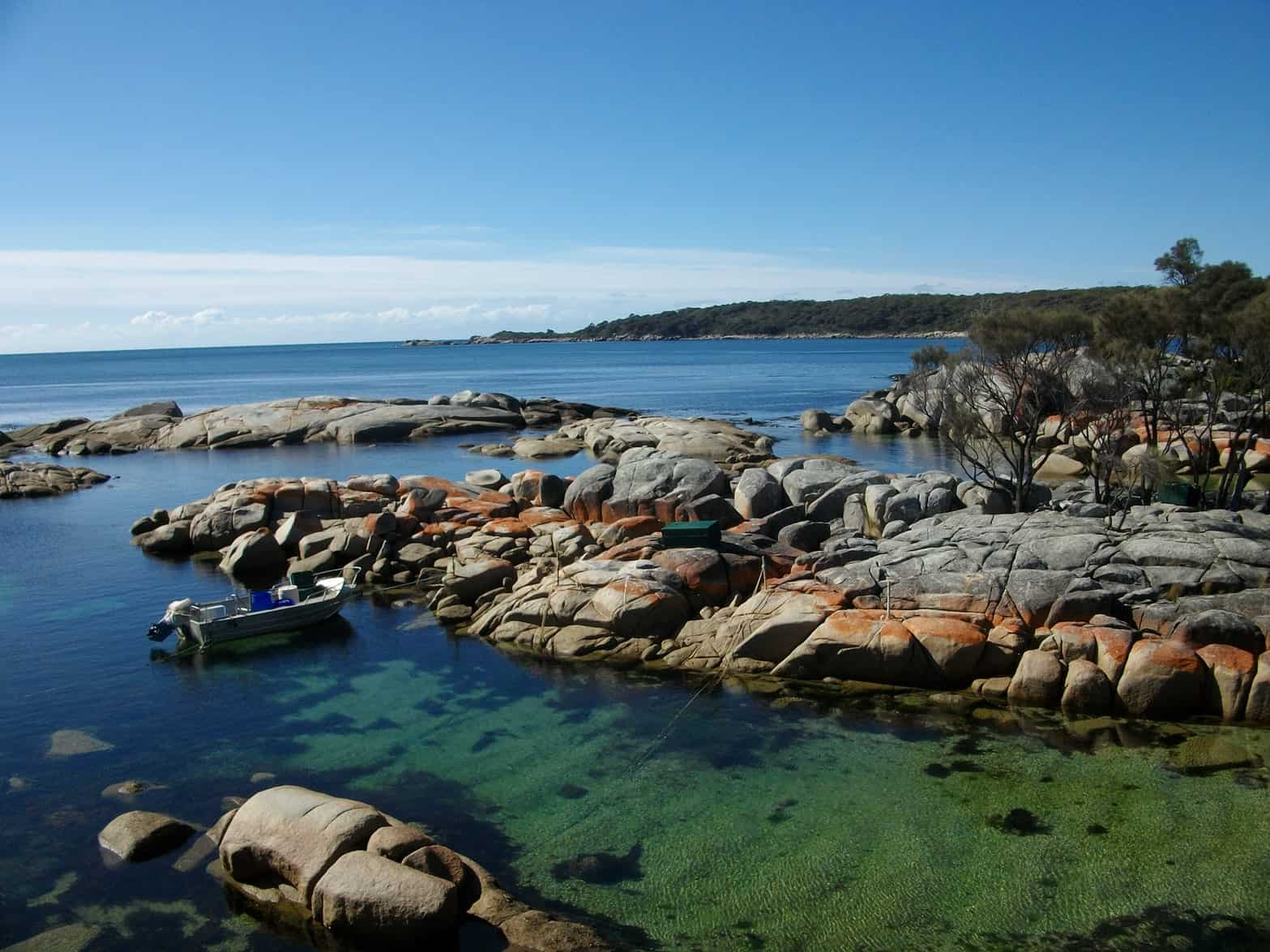 bay of fires tasmania Snazzy Trips travel blog